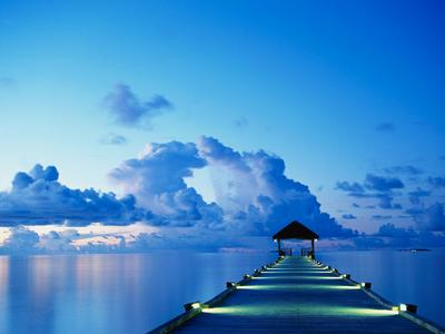 Watching the Maldive sunset, relaxing in the clear tranquil waters in the luxury of the resorts